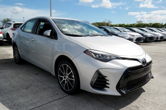 new 2017 toyota corolla 50th anniversary special edition 4d sedan in miami 91443 kendall toyota. Black Bedroom Furniture Sets. Home Design Ideas